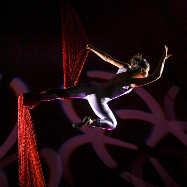 Piccolo Circo dei Sogni - Discipline Aeree - Rosso